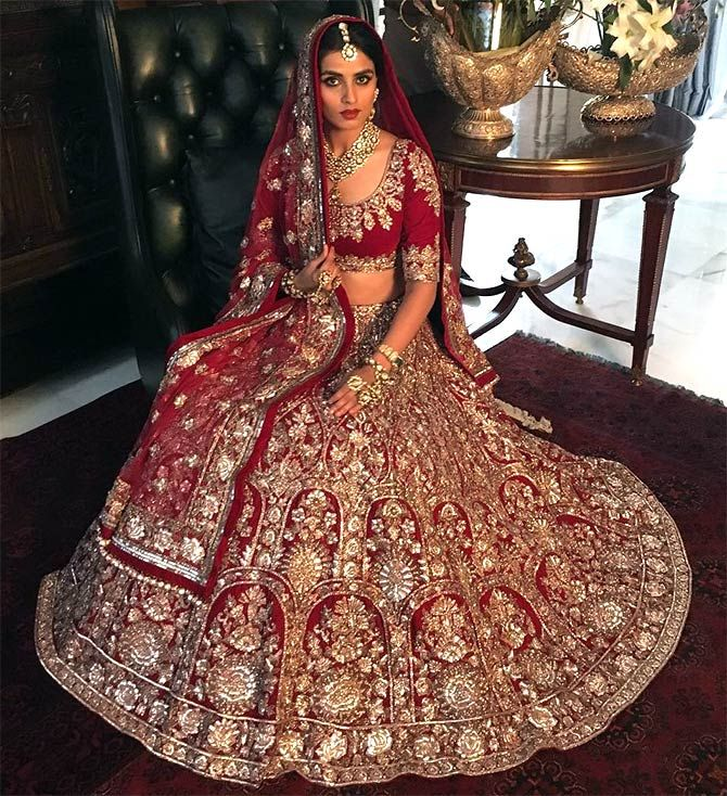 Bollywood Actress Bridal Leheanga - Cinemaz World