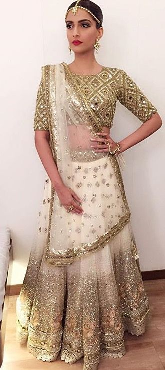 Bollywood Actress Wedding Lehenga - Sonam Kapoor