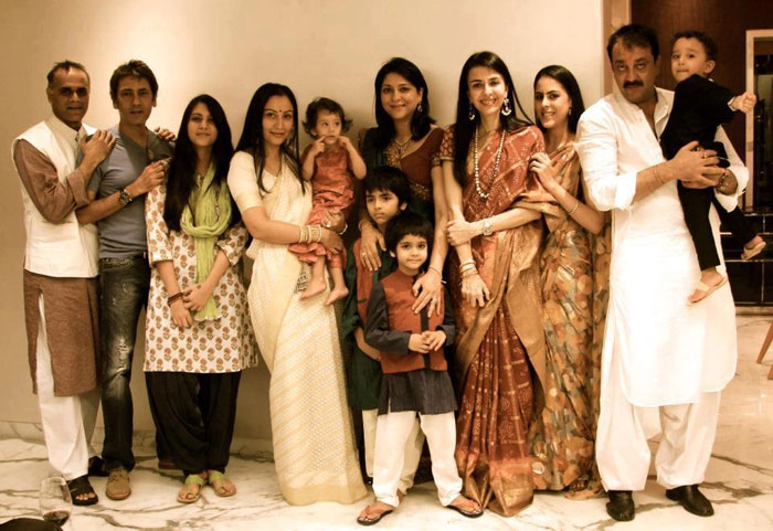 Sanjay Dutt Family Images - Cinemaz World